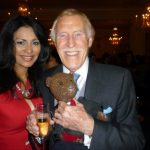 Photo Wilnelia and Bruce Forsyth with Bearsac
