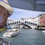 Bearsac in foreground of Rialto Bridge