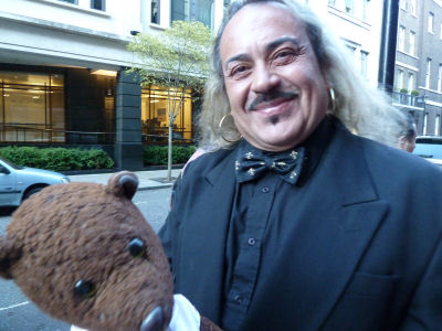 Wagner holding Bearsac